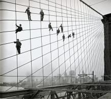 Eugene de Salignac - Peintres suspendus aux câbles du pont de Brooklyn le 7 octobre 1914