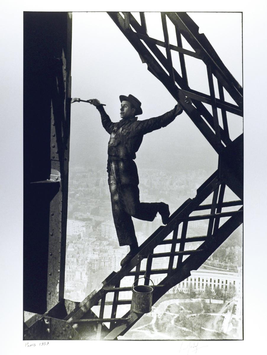 Fabuleux Le Peintre de la Tour Eiffel, Marc Riboud, 1953 | Un Citoyen IN81