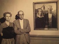 American Gothic (Grant Wood) et les modèles (la soeur et le dentiste de Wood)